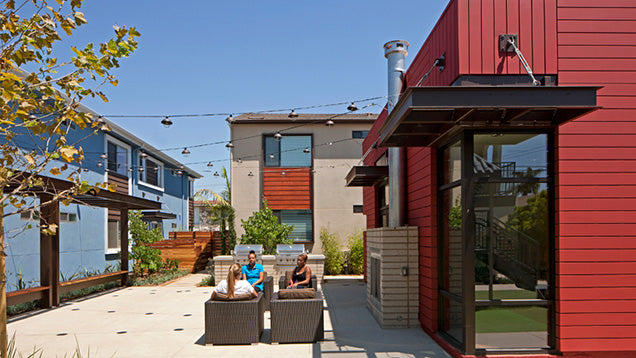 Jamboree's Collage Long Beach, CA residents in affordable courtyard patio