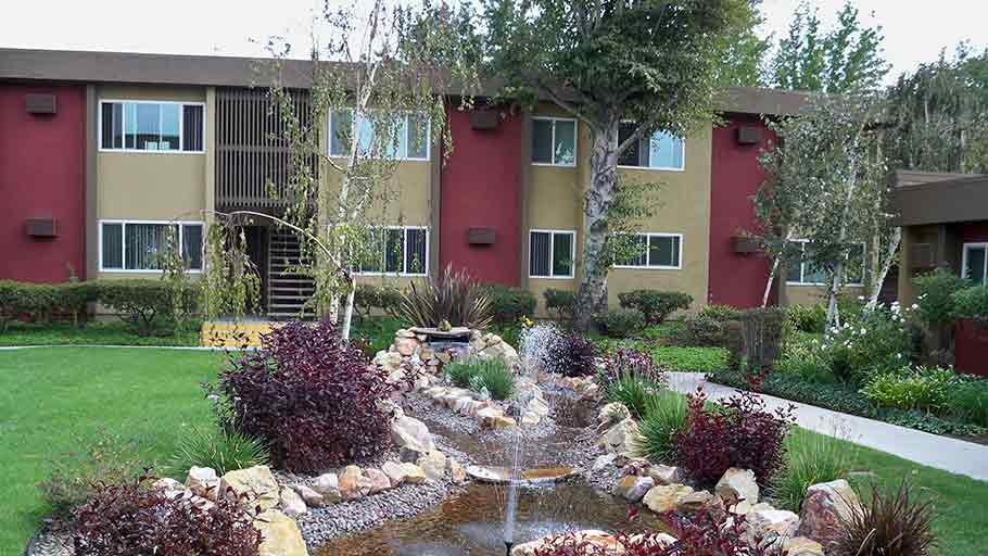 Jamboree Panorama View Los Angeles, CA senior housing fountain garden
