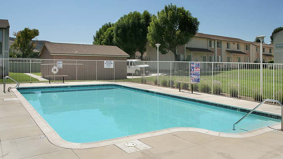 Jamboree's affordable family Rowland Heights La Puente community pool