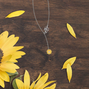 Hanging Sunflower Necklace