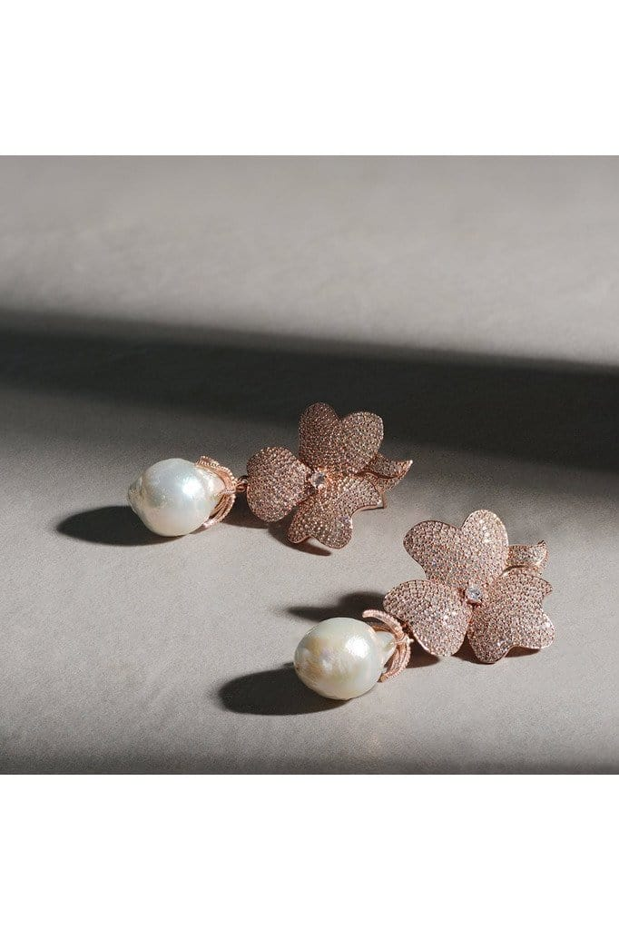 White Flower Baroque Pearl Drop Earring Rosegold - Himelhoch's