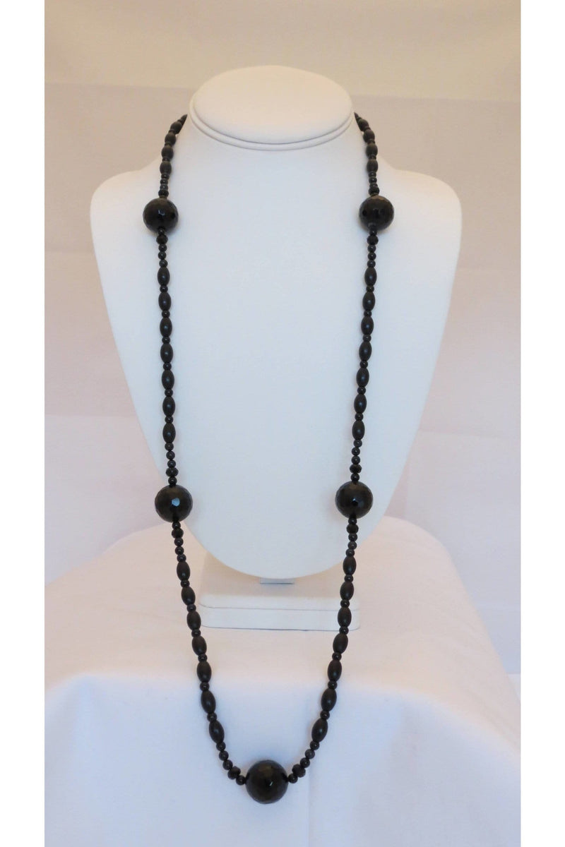 Monochromatic Necklace of Faceted Onyx with Contrasts of Smooth Grain Natural Wood