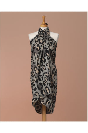 Sarong Pareo Leopard print Grey and pink color - Himelhoch's