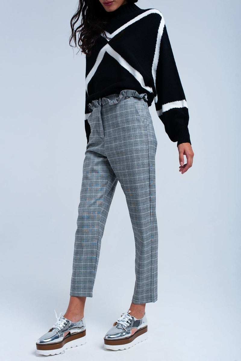 Q2 Gray tartan pattern pants