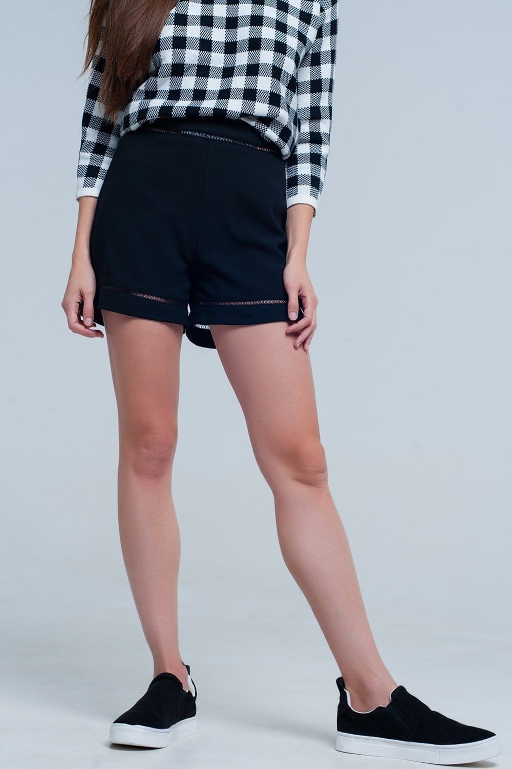 High waist black short with lace detail - Himelhoch's