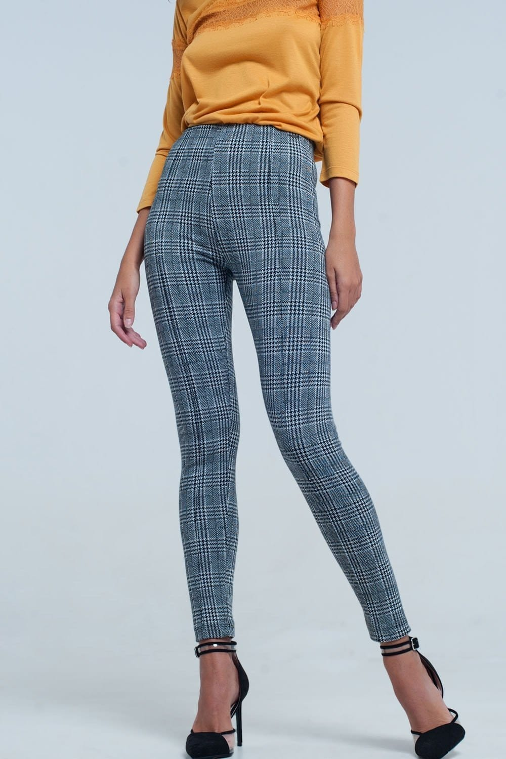 Leggings in Black and Grey Check Print - Himelhoch's