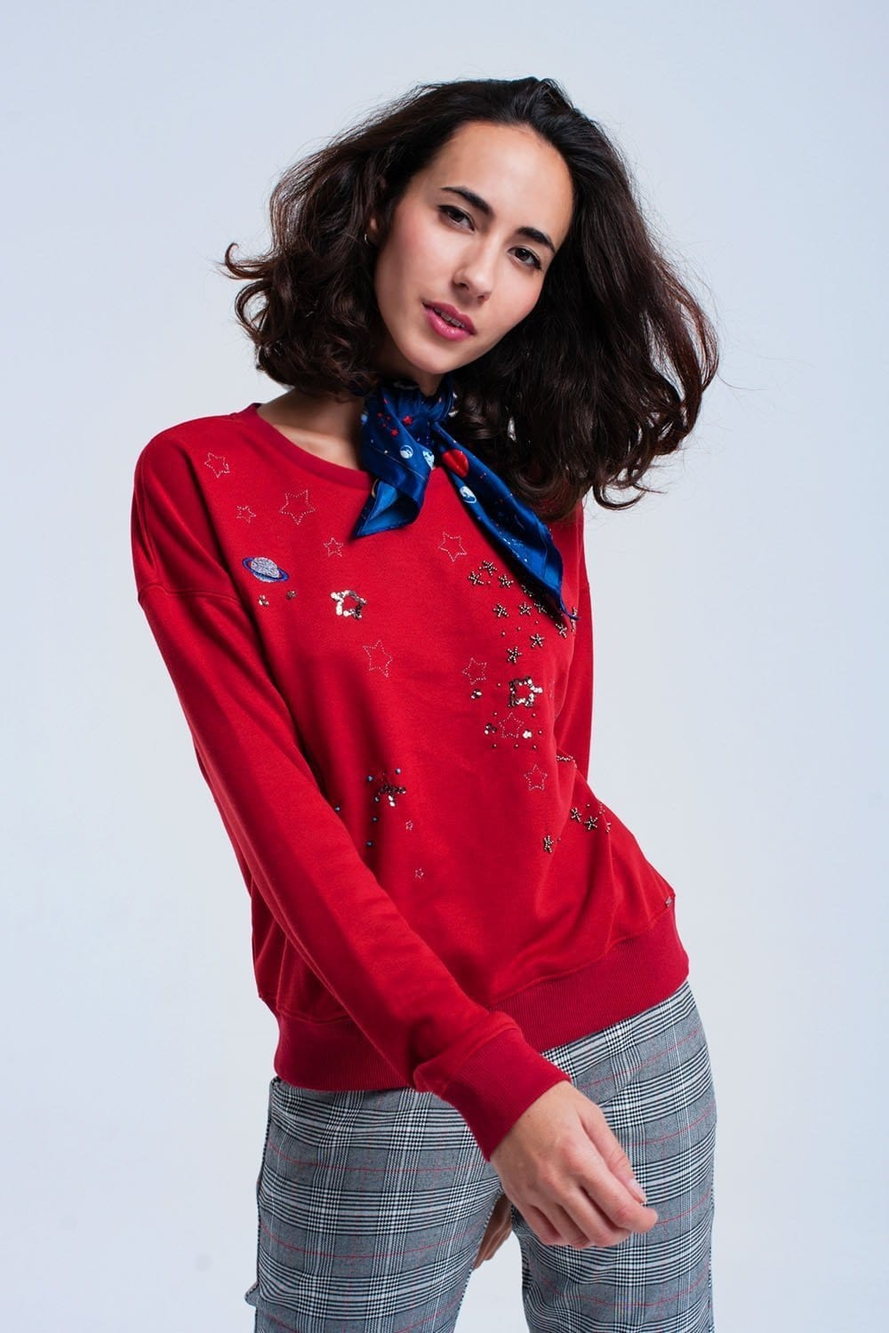 Red sweatshirt with beads - Himelhoch's