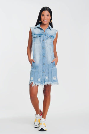 Q2 sleeveless denim dress in light denim