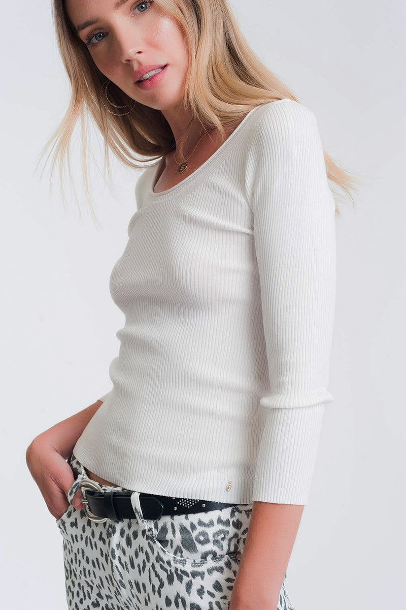 Q2 White knitted wide neck sweater