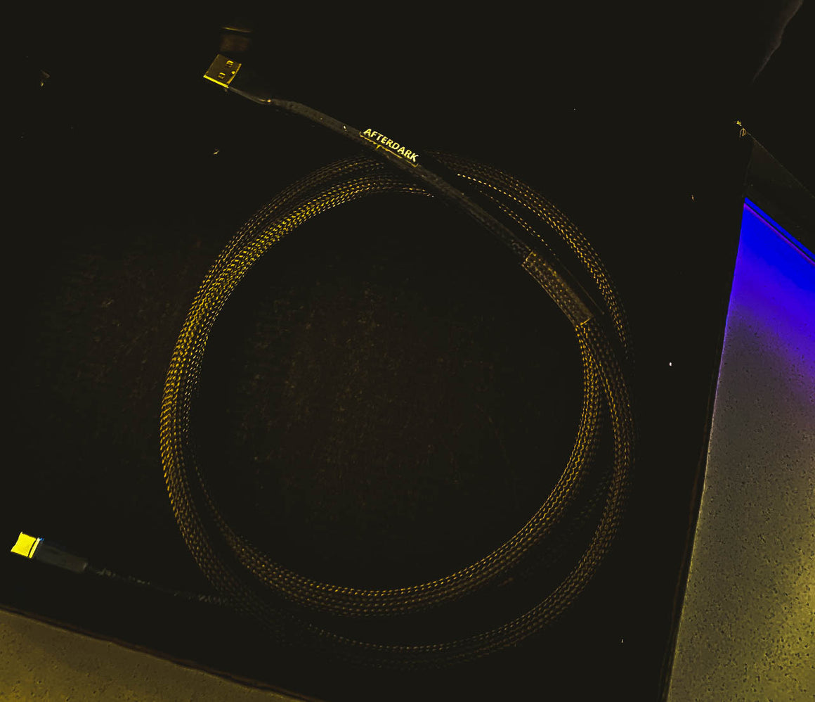 AfterDark. Project ClayX Black Lake Carbon Fiber Woven USB Cable