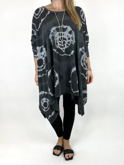 Lagenlook Aria Tie-dye Top in Charcoal. code 8407.