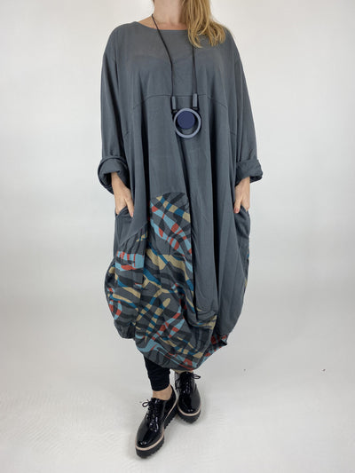 Lagenlook Wave Curve Hem Tunic in Charcoal. code 9977.