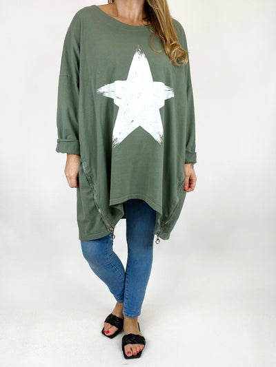 Lagenlook Brightest Star Print Sweatshirt Top in Khaki. code 10469.