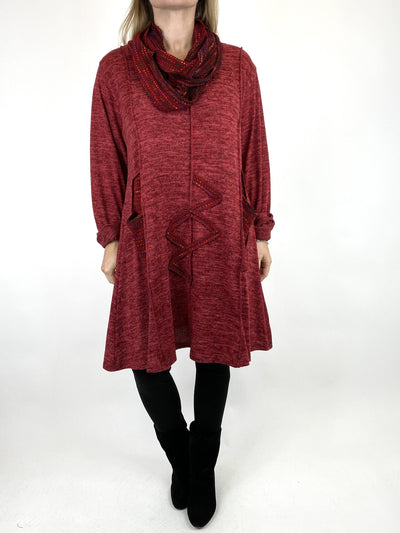 Lagenlook Rainbow Dot Scarf Top in Wine. code 9504.