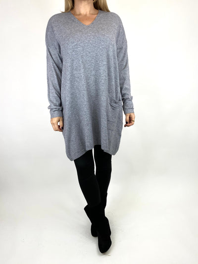 Lagenlook Jute Pocket V-neck Jumper in Grey. code 2712.