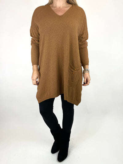 Lagenlook Jute Pocket V-neck Jumper in Camel. code 2712.