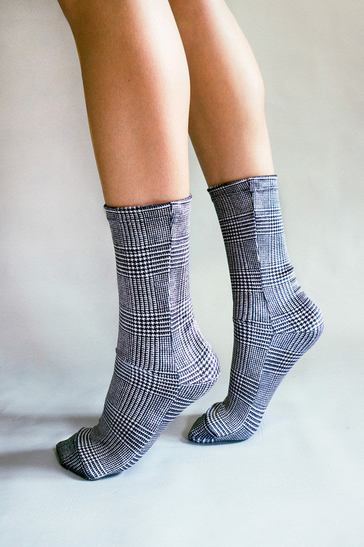 BLACK AND WHITE TARTAN VELVET SOCKS