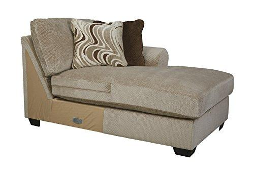 Benchcraft - Hazes Traditional Right Arm Facing Corner Chaise - Sectional Component Only - Fleece White
