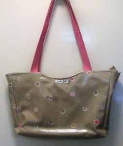 Beautiful handcrafted beige dot wax fabric handbag with two pink handles