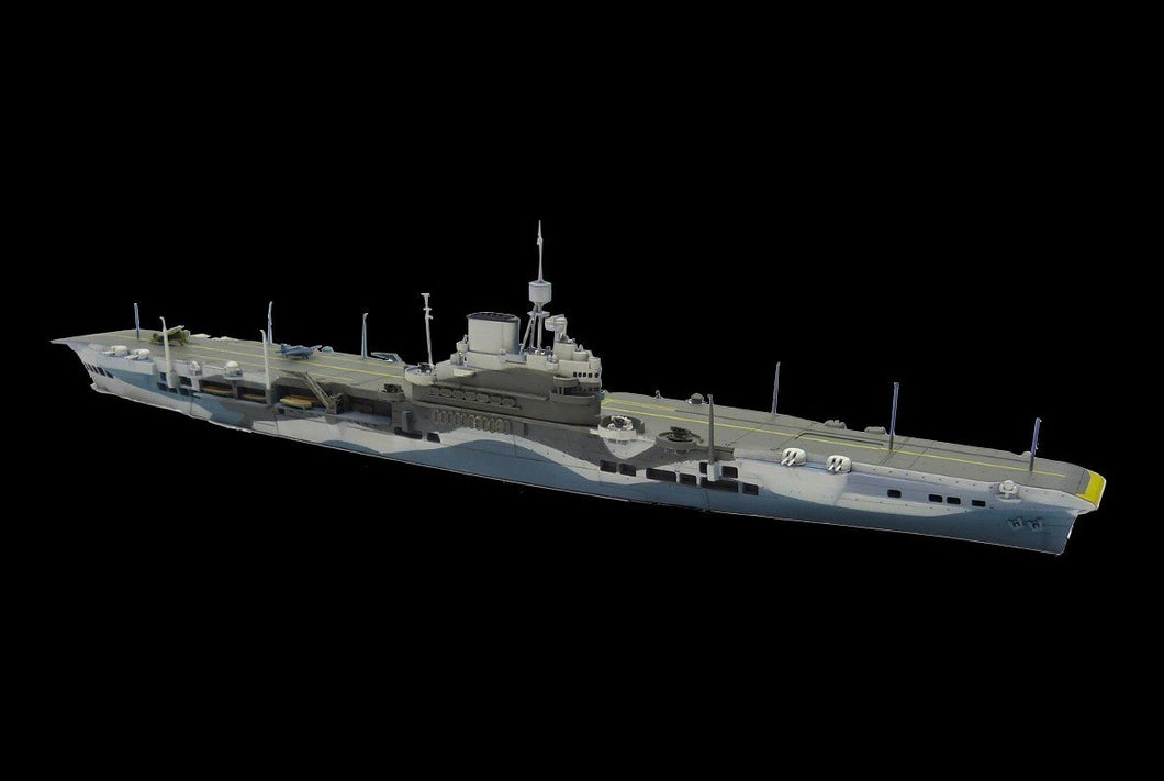 Aoshima Ship Models 1/700 HMS Illustrious Aircraft Carrier Waterline (New Tool) Kit