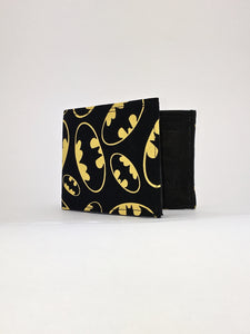 Batman shield classic print handcrafted billfold wallet