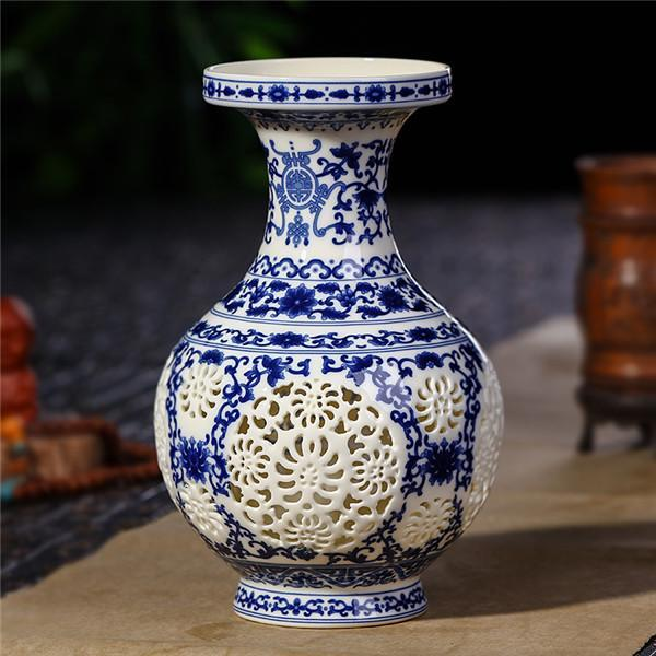 Antique Jingdezhen Ceramic Vase Chinese Pierced Vase Wedding Gifts Home Handicraft Furnishing Articles