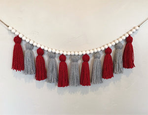 Christmas Sparkle Yarn Tassel Garland