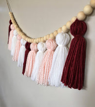 Load image into Gallery viewer, Valentine Yarn Tassel Garland