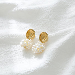 Freshwater Pearl Ball Earrings with silver pin