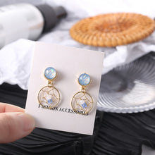 Load image into Gallery viewer, Dream Catcher Earrings with silver pin