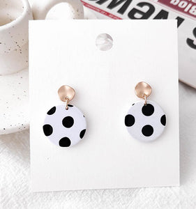 Black&White Polka Dots Earrings with Silver Pin