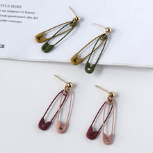 Load image into Gallery viewer, Paperclip earrings with sterling sliver pin