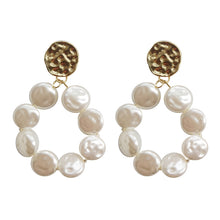 Load image into Gallery viewer, Elegant Pearl Hoop Earring with silver pin