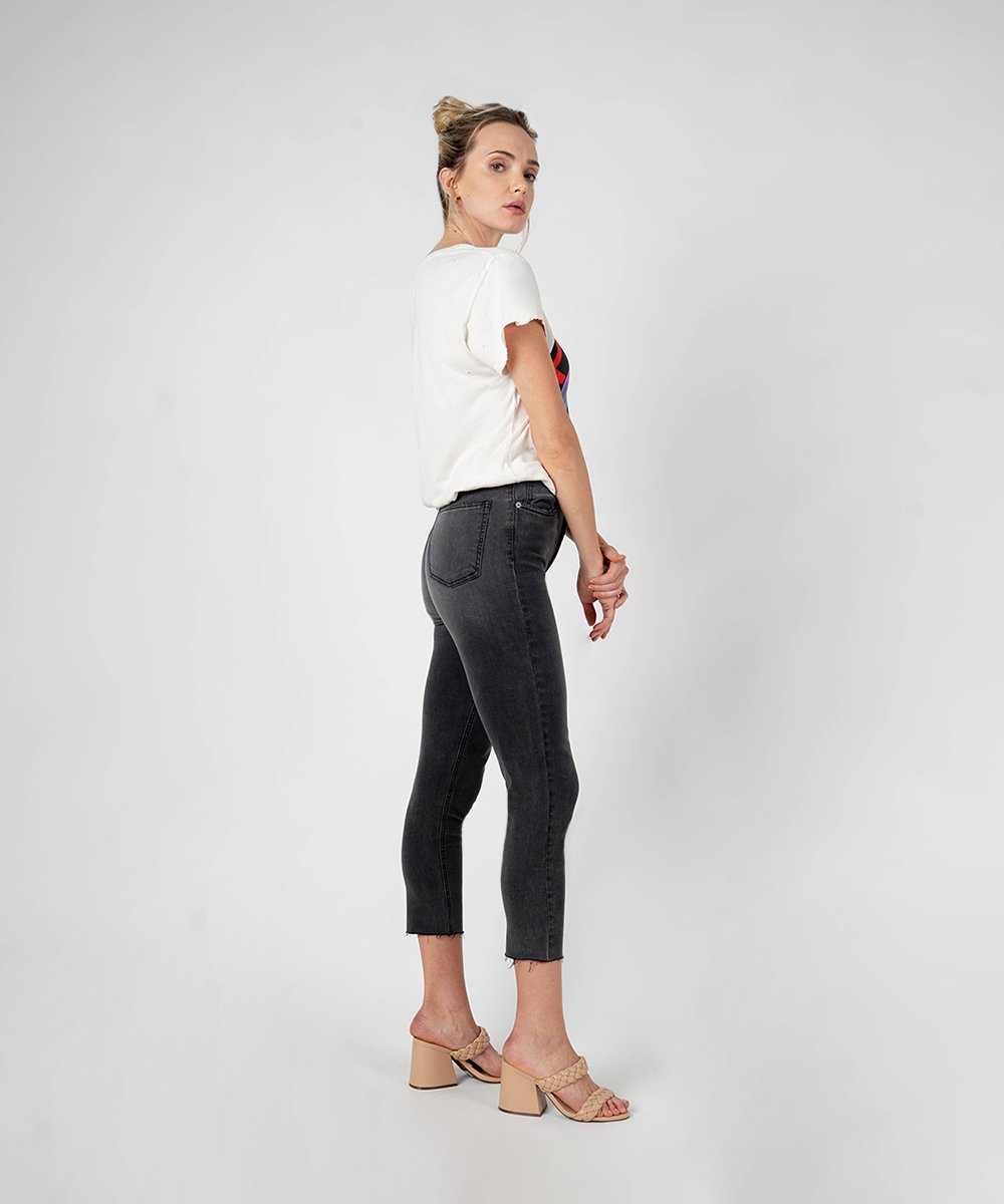 Alicia High Rise Mom Jean (Boxford Wash)