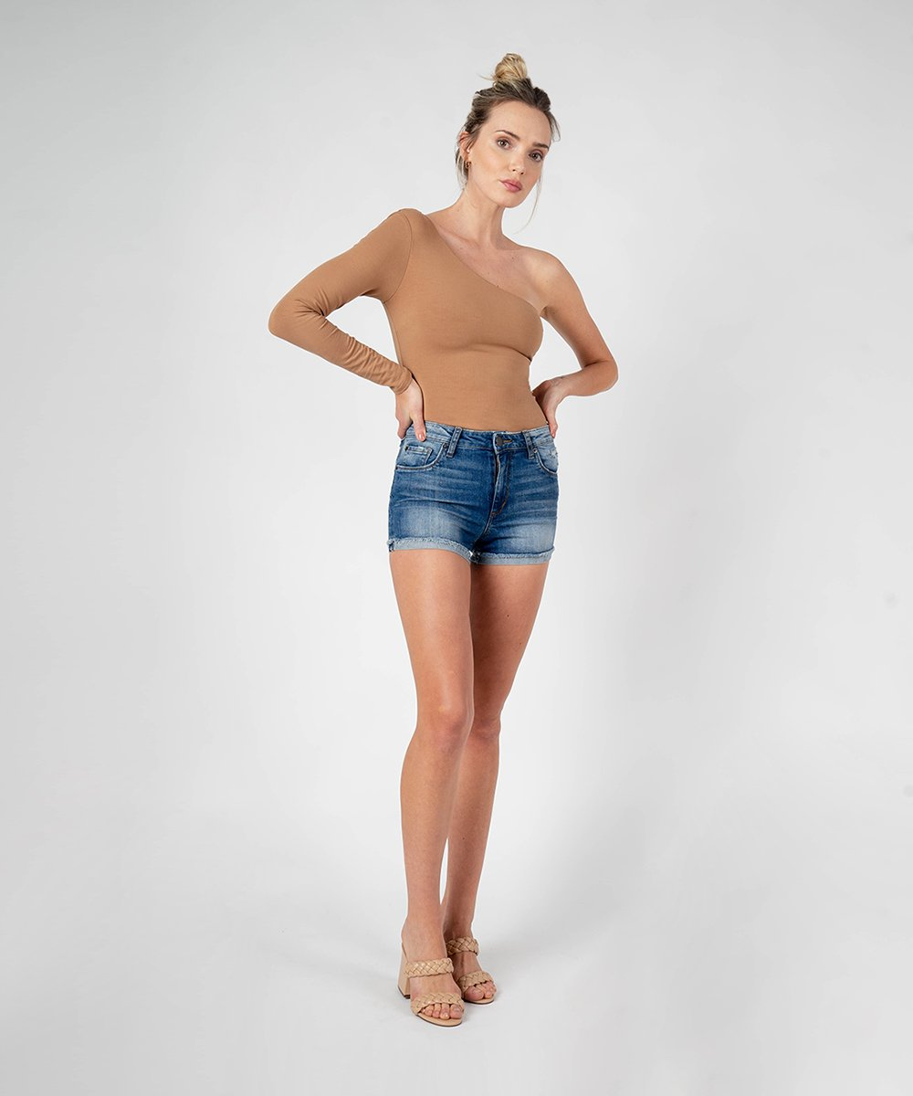 Molly High Rise Boyfriend Short (East Lazy Daze Wash)