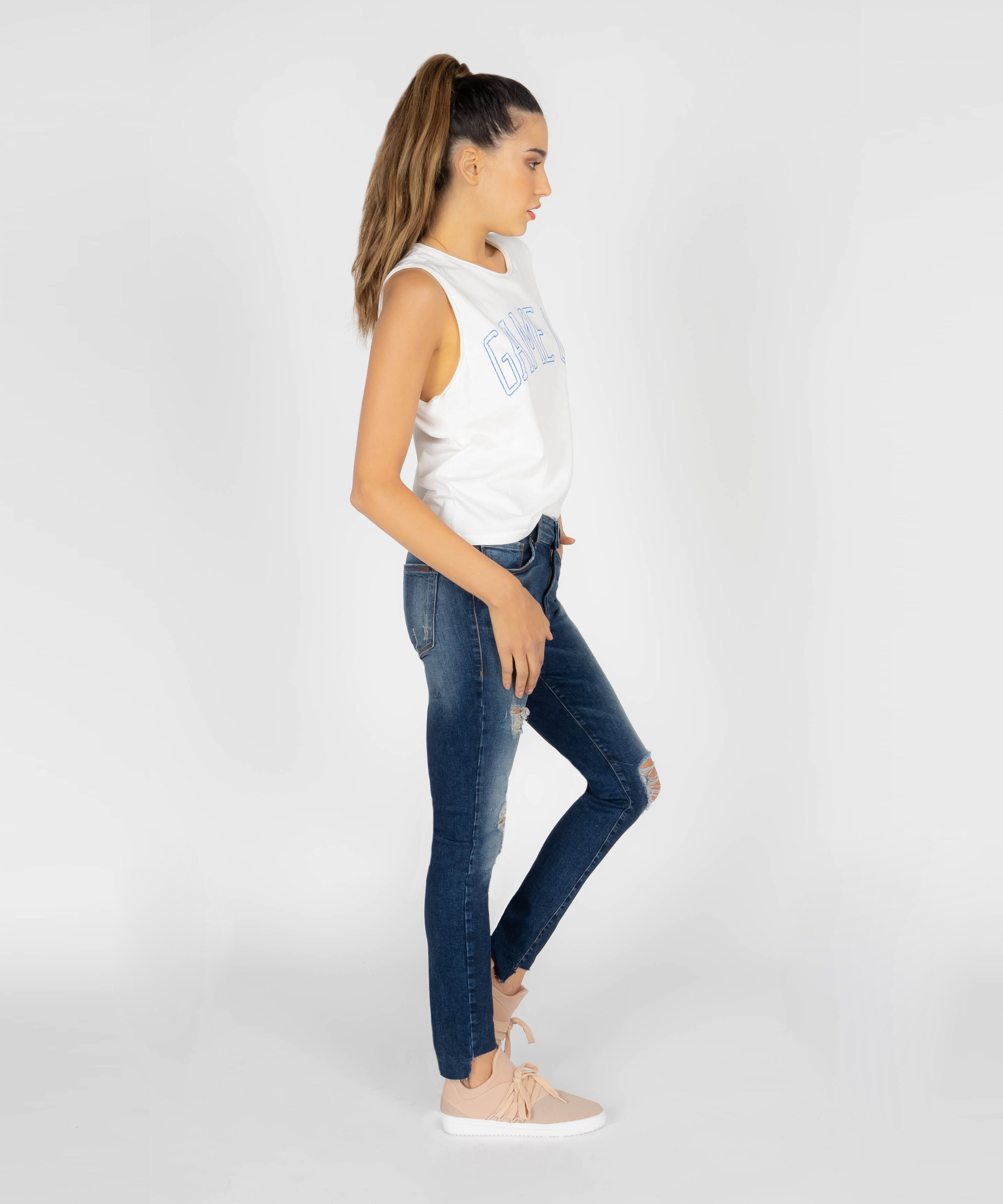Emma Ankle Skinny With Cut Off Stepped Hem (Lozano Wash)