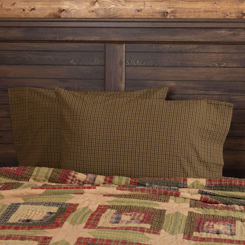 Tea Cabin Green Plaid Standard Pillow Case Set of 2 21x30