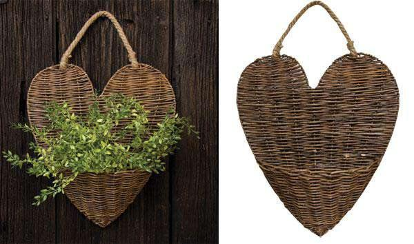 Willow Heart Wall Basket