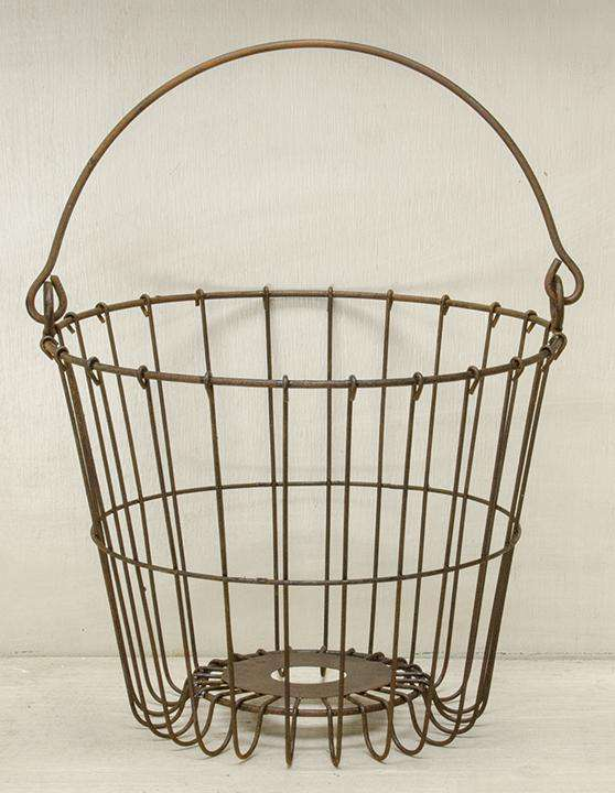 "Rusty Egg Basket, 7.5"" Wire Baskets CWI+"