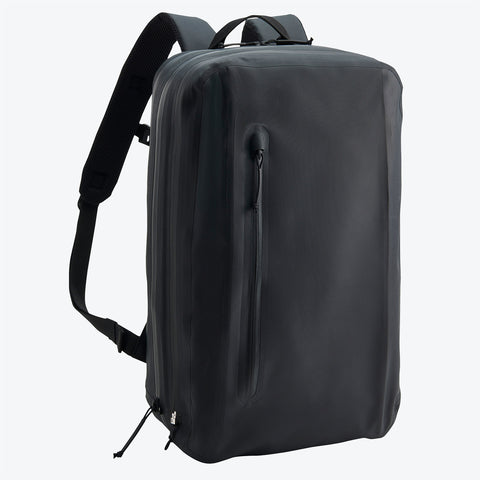 "{""color"":""Black"",""alt"":""ALLTERRAIN Transform Backpack Front View""}"