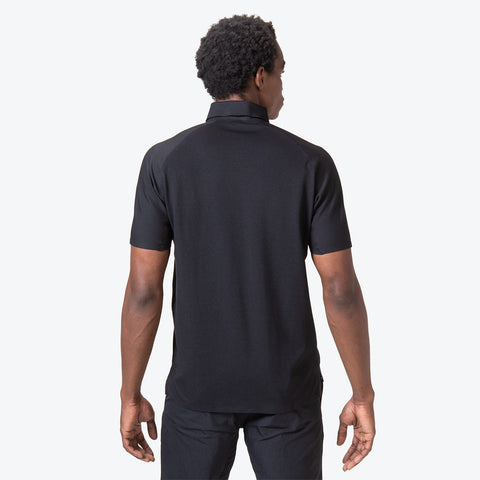 "{""caption"":""Model is 6'0\"", 32\"" Waist, Size Medium"",""color"":""Black"",""alt"":""Men's ALLTERRAIN Seamless Stretch Polo On Model Back View""}"