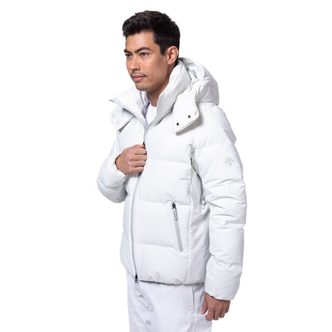 "{""caption"":""Model is 6'0\"", 32\"" Waist, Wearing a Size Medium"",""color"":""Planetary White"",""alt"":""Men's ALLTERRAIN Mizusawa Down Jacket Anchor, Side View On Model""}"