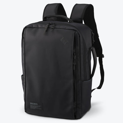 "{""color"":""Black"",""alt"":""Functional Backpack Front View in Black""}"