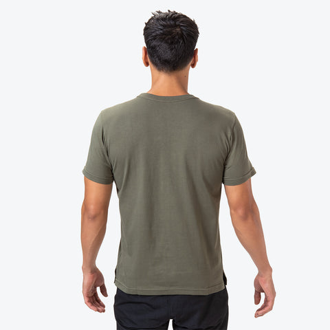 "{""caption"":""Model is 6'0\"", 31\"" Waist, Size Medium"",""color"":""Khaki"",""alt"":""Deodash Cotton Short Sleeve T-Shirt in khaki on model back side""} Deodash Cotton Short Sleeve T-Shirt"