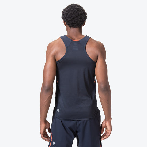 "{""caption"":""Model is 6'0\"", 32\"" Waist, Size Medium"",""color"":""Graphite Navy"",""alt"":""Men's Sleeveless Running Shirt shown on model from the back in graphite navy""}"