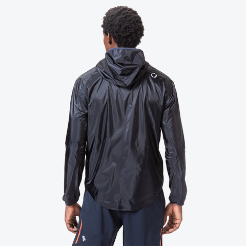"{""caption"":""Model is 6'0\"", 32\"" Waist, Size Medium"",""color"":""Graphite Navy"",""alt"":""Men's Packable Rain Jacket in graphite navy shown on model from the back""}"