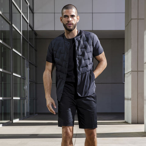 "{""caption"":""Model is 5'10.5\"", 31\"" Waist, Size Medium"",""color"":""Black"",""alt"":""ALLTERRAIN Shorts with BOA Technology to adjust the waist band without wearing a belt.""}"