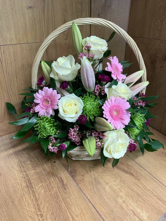Floral Baskets from E25 to E60