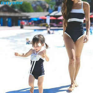 d16cc3ae6a7d7 Mother Daughter Matching Swimsuits Patchwork Women Kids Beach Swimwear One- Pieces Bathing Clothes For Mommy And Me Family Outfit