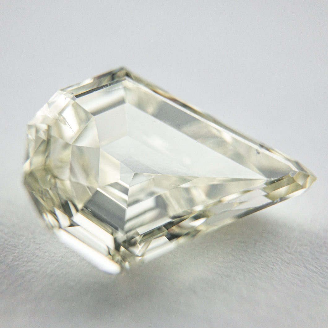 4.30ct 13.71x10.80x4.72mm Shield Double Cut 18047-01